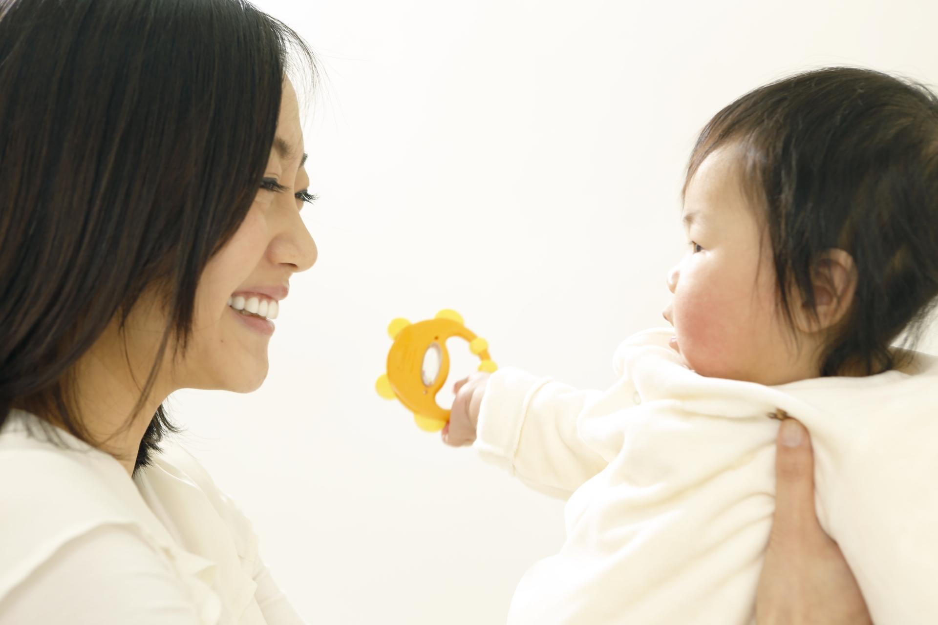 939a5c9d788a2d1a05e53a723ad56b45 m 母親がアトピーだと80%の子どもがアトピーに?