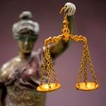 時代とともに変わる、化粧品の法制度とは?